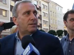 """Schetyna: """"Wzywam cały rząd Beaty Szydło do dymisji"""". Ostra odpowiedź Beaty Mazurek: To obrzydliwe"""