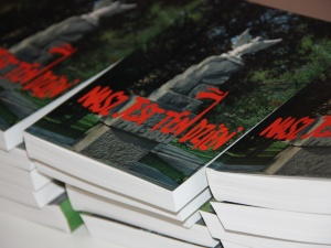 """Prezentacja książki opowiadająca o latach 80' Solidarności - """"Nasz jest ten dzień"""""""