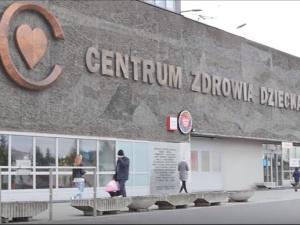 Nowy ambulans dla Centrum Zdrowia Dziecka. Akcja kibiców i piłkarzy Legii Warszawa