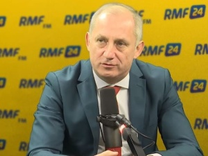 Mazurek zripostował Neumanna: Pamiętam plakaty Lecha Kaczyńskiego na szubienicy.Wtedy Pan nie protestował