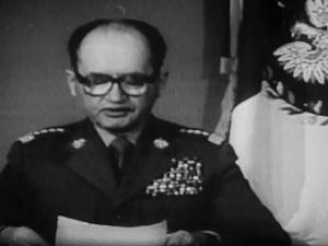 """Stan Wojenny. Jaruzelski wg. IPN do radzieckich towarzyszy: """"Bez pomocy nie damy rady"""""""