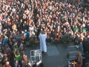 Ponad 100 tys. Polaków przybyło na Jasną Górę, by przepraszać za grzechy narodu