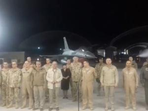 """[video] """"Wśród nocnej ciszy"""" w bazie polskich żołnierzy w Kuwejcie. Przejmujące nagranie"""