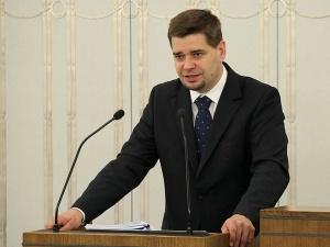 """Prokuratura zdementowała informację podaną przez """"Nasz Dziennik"""" o aresztowaniu byłego wiceministra"""