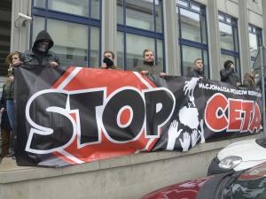 Brak jednomyślności Unii Europejskiej  w sprawie CETA
