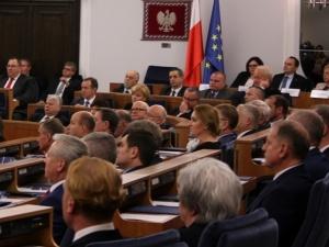 Władze PiS nie są zadowolone z głosowania w Senacie dotyczącego Stanisława Koguta