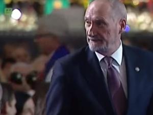 Antoni Macierewicz komentuje dymisję trzech podsekretarzy stanu w MON