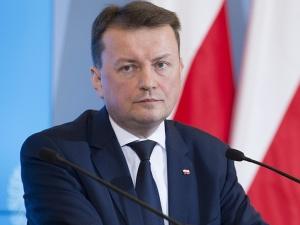 Minister Mariusz Błaszczak wycofuje się z zapowiedzi Antoniego Macierewicza?