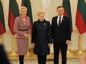 [Tysol.pl z Wilna] 100 rocznica niepodległości Litwy. Obecni m.in. Prezydent Duda, Tusk, Juncker