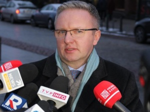 [Tysol.pl z Wilna] Szczerski: Juncker jest zadowolony z formy dialogu z Polską