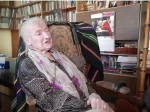 [video]Prof. Wanda Półtawska: Człowiek nie dlatego żyje, że się urodził, tylko dlatego się rodzi, że żyje