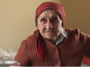 [video] Więźniarka Auschwitz, jedna z ostatnich polskich świadków, opowiada swoją straszną historię