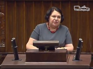 Anna Sobecka (PiS) zawiadamia prokuraturę ws. podpalenia kukły o. Rydzyka