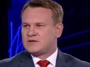 Dominik Tarczyński: Tusk robi z siebie ofiarę i męczennika