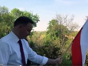 Prezydent Andrzej Duda już wywiesił flagę. A Ty?