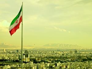 UE przejdzie z dolara na euro w płatnościach za irańską ropę?