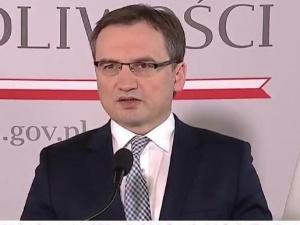 Przemysław Jarasz: Zbigniew Ziobro powołał zespół śledczych do zbadania plagi pożarów składowisk śmieci