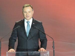 Prezydent Andrzej Duda: obniżenie wieku emerytalnego od października 2017 jest możliwe