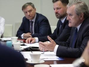 Wicepremier Gliński spotkał się z przedstawicielami sektora bankowego. Bankowcy mają wesprzeć kulturę
