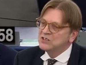 """""""Cheerleaderki Putina"""" Dominika Cosic: Za te słowa ktoś powinien p. Verhofstadta podać do sądu"""
