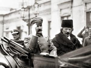 Jerzy Bukowski: Kto ma pamiątki z sypania polskiej Mogiły Mogił?