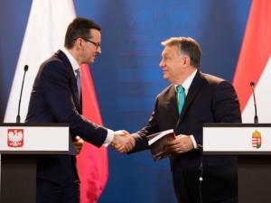 Orban po spotkaniu z Morawieckim: Wiemy, że musimy bronić naszych granic