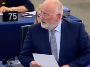 Timmermans nie odpuszcza Polsce: KE nie zmienia stanowiska ws. Polski