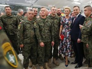 Prezydent odwiedził polskich żołnierzy stacjonujących w Ādaži