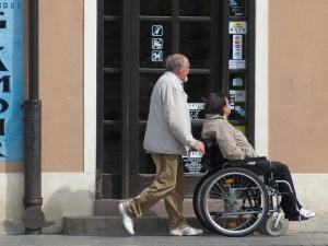 Rząd ograniczył się do przedstawienia wysokości wskaźnika waloryzacji emerytur i rent na RDS