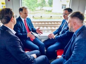 Umowa między Orlenem a Koleją Litewską podpisana. Polski diesel zdominuje państwa nadbałtyckie?