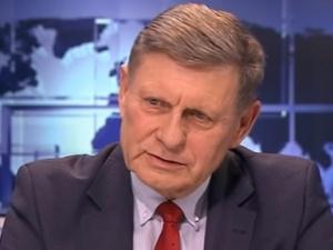 """Leszek Balcerowicz: """"Miesięcznice w obronie konsytucji pod Pałacem Prezydenckim dobrym pomysłem"""""""