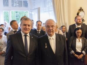 Markus Blechner odznaczony za pomoc w odzyskaniu przez Polskę Archiwum Eissa dokumetującego pomoc Żydom