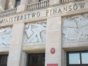 Ministerstwo Finansów: NBP jest gotowy natychmiast uruchomić wsparcie dla banków L. Czarneckiego
