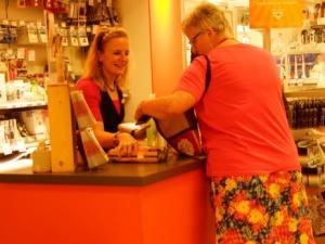 Polscy kupcy: Wolne Niedziele spowodowały upadek 15 tys. sklepów? Gospodarka się wali? Dochody wzrosły!