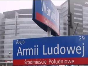 """[Gorące komentarze] Rekomunizacja ulic Warszawy: """"Jakby mogli to by wprowadzili stan wojenny"""""""