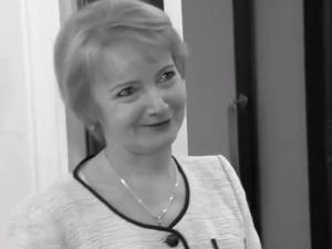 """""""Służyła bliźniemu, Bogu i Polsce"""". Dziś pogrzeb Jolanty Szczypińskiej"""
