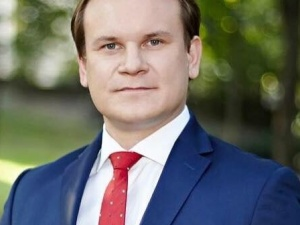 """[video] Sikorski: """"NSZ mordowały Żydów"""". Tarczyński mocno odpowiada"""