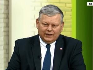Marek Suski: Opozycja rzucając krzesłami i łamiąc mikrofony nieparlamentarnie atakuje rząd