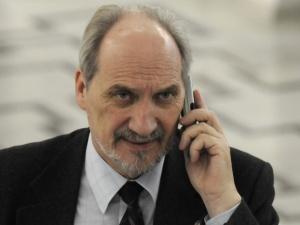 """Dr Targalski: """"Wyjdzie na to, że Antoni Macierewicz jest człowiekiem naiwnym"""""""
