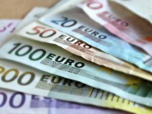Zbigniew Kuźmiuk: Ekonomiczna katastrofa, czyli kto zyskał, a kto stracił na wprowadzeniu waluty euro