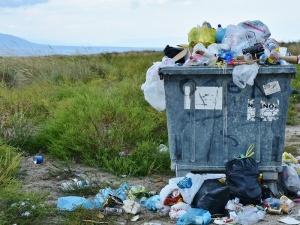 Kto w Europie śmieci najbardziej? ZDF publikuje mapę. Red. Gmyz komentuje