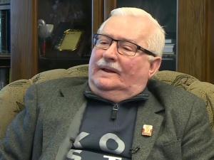 """Farsa. Wałęsa chce zakazu używania nazwy """"Solidarność"""" przez Solidarność, by nie niszczyć jego spuścizny"""
