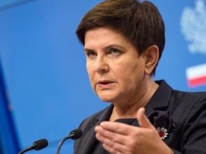 Beata Szydło: Rząd zaprasza ZNP i FZZ na rozmowy o 15:00