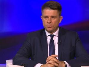 """Ryszard Petru: """"Brak euro w Polsce to Polexit"""". Internauta: """"Wyluzuj - wszak to niedziela handlowa"""""""