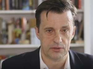 """[Video] W. Gadowski: """"PiS jest skazany na koalicję z Konfederacją na jesieni"""""""