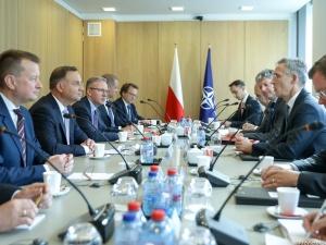 Andrzej Duda w Brukseli. Spotkanie z szefem NATO ws. wzmocnienia obecności wojskowej USA w Polsce