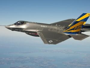 """[video] Min. Błaszczak o zakupie F-35: """"To koniec ery postsowieckich samolotów w siłach powietrznych WP"""""""