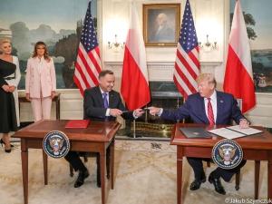 """Ważna umowa gazowa podpisana. """"Pod kierownictwem Trumpa nasze narody rozpoczęły strategiczny dialog"""""""