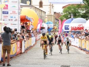 [FOTO] 30. edycja Wyścigu Solidarności i Olimpijczyków zakończona! Niesamowity finisz Estończyka