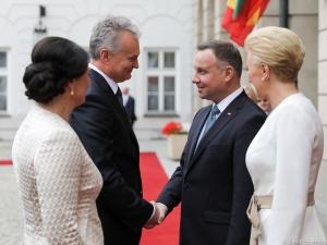 [video] Rozpoczęła sięoficjalna wizyta w Polsce nowego prezydenta Litwy